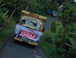Perjuangan Relawan Tugu Media Peduli-Bakti BCA Salurkan Bantuan di Tirtoyudo Malang