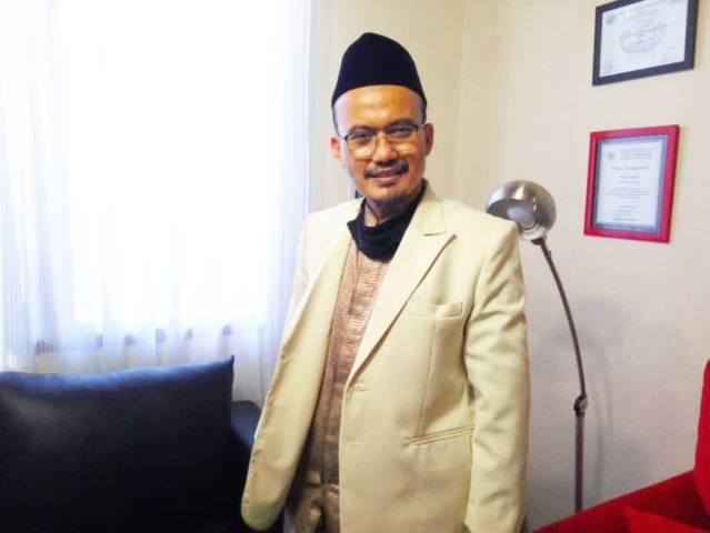 H A Wahid Evendi Anwar Mag akrab disapa Abah Wahid selaku Ketua Pembina Forum Komunikasi Kepala Taman Pendidikan al-Quran (TPQ) Kabupaten Sidoarjo, Sabtu (29/05/2021). (Foto: Reni Novitasari/Tugu Jatim)