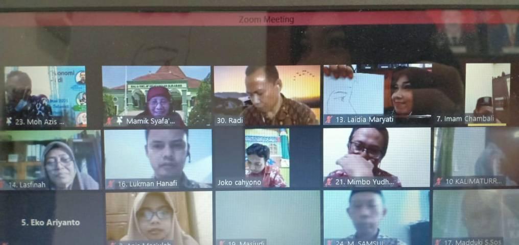 Pelatihan yang digelar oleh BDK Surabaya untuk memperkuat toleransi dan kerukunan antar umat beragama. (Foto: Moch Abdurrochim/Tugu Jatim)