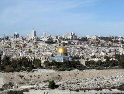 NU-Muhammadiyah Kecam Aksi Serangan Polisi Israel ke Jemaah Palestina yang Tengah Salat Tarawih