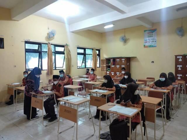 Suasana proses pembelajaran tatap muka di SMPN 3 Tuban. (Foto: Humas Pemkab Tuban)