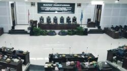 Rapat Paripurna Pandangan Umum Fraksi atas Ranperda Pertanggungjawaban Pelaksanaan APBD Tahun Anggaran 2020, Senin (14/06/2021). (Foto:Azmy/Tugu Jatim)