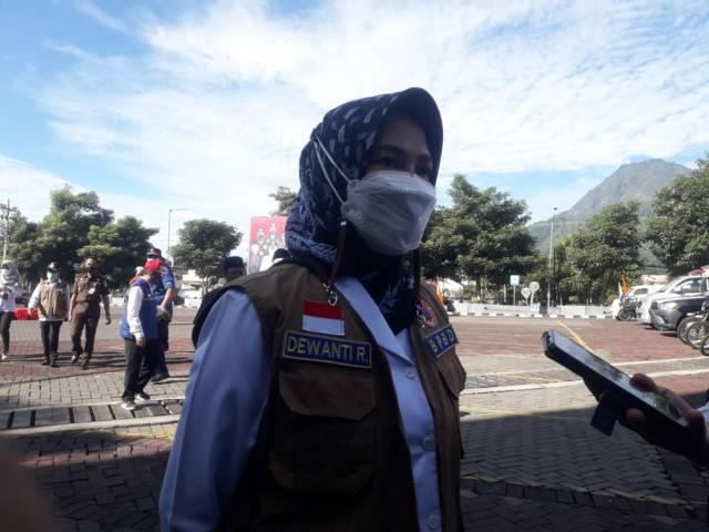 Wali Kota Batu Dewanti Rumpoko mengingatkan warga agar waspada terhadap bencana alam. (Foto: Sholeh/Tugu Jatim)