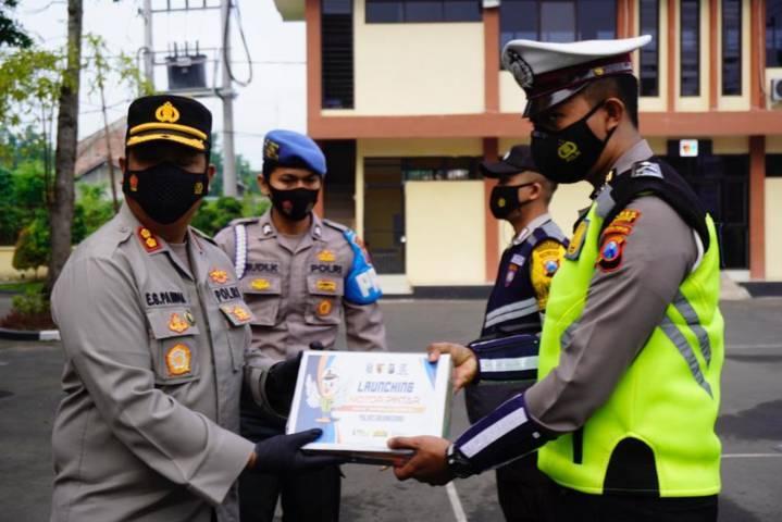 "Program ""Motor Pintar Anak Tangguh Semeru"" resmi di-launching di Mapolres Bojonegoro. (Foto: Humas Polres Bojonegoro/Tugu Jatim)"