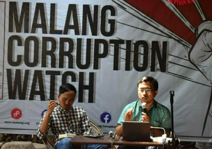 Salah satu kegiatan Malang Corruption Watch (MCW). (Foto:Dokumen/Tugu Jatim)
