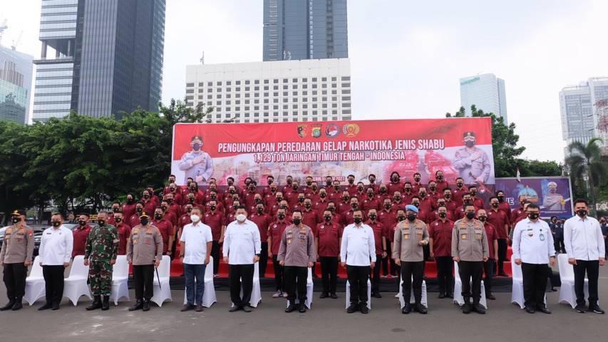 Kapolri Jenderal Polisi Listyo Sigit Prabowo memerintahkan seluruh kapolda untuk membentuk Kampung Tangguh Narkoba, Senin (14/06/2021).(Foto: Polrestabes Surabaya/Tugu Jatim)