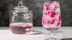 Ilustrasi air mawar. (Foto: Pexels/Tugu Jatim)