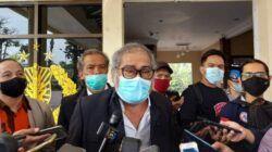 Ketua Komnas PA Arist Merdeka Sirait saat berada di Polres Batu beberapa waktu lalu. (Foto: Sholeh/Tugu Jatim)