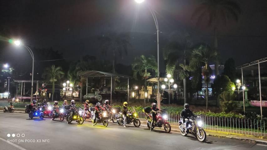 Komunitas Honda StreetFire Club Indonesia (HSFCI) Malang dan Komunitas Malang Streetfire Club' (MSFC) di depan Museum Brawijaya Malang Sabtu (19/06/2021). (Foto: Dokumen/Tugu Jatim)