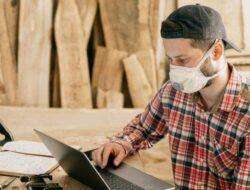Dokter RSUD Bojonegoro: Kemenkes Sarankan Masker Ganda, Pakailah yang Dua Lapis