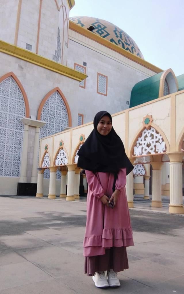 Arniati (18 tahun). Mahasiswi semester IV Jurusan Pendidikan Geografi Fakultas Keguruan dan Ilmu Pendidikan Universitas Muhammadiyah Mataram. (Foto: Dokumen)