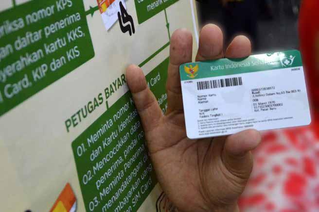 Ilustrasi seseorang sedang menunjukkan kartu BPJS Kesehatan miliknya. (Foto: Dokumen/BPJS Kesehatan)