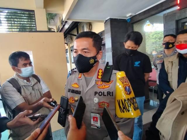 Kapolresta Malang Kota Kombes Pol Leonardus Simarmata menaikkan status kasus kabur 5 calon PMI menjadi penyidikan. (Foto: Sholeh/Tugu Jatim)