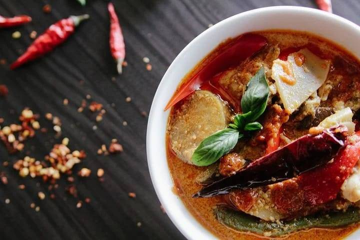 Ilustrasi makanan pedas, salah satu jenis makana yang harus dihindari bagi penderita asam lambung. (Foto: Pixabay)