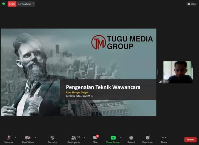 Gelaran pelatihan jurnalistik Tugu Media Group Goes to School di SMAN 5 Malang, Selasa (15/6/2021). (Foto: Dokumen/Tugu Jatim)