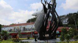 Ilustrasi patung Sura dan Baya di Kota Surabaya. Banyak SMA terbaik di Jawa Timur yang berasal dari Kota Surabaya (Foto: Dokumen/Pemkot Surabaya)