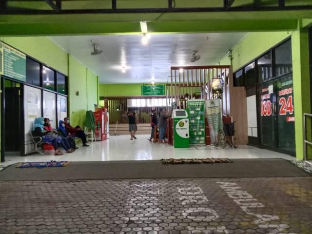 Suasana RSU Lirboyo Kota Kediri usai kejadian nahas yang merenggut nyawa bocah 4 tahun. (Foto: Rino Hayyu/Tugu Jatim)