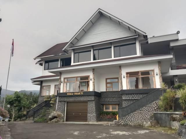 Vila Bima Shakti yang berada di kawasan Taman Rekreasi Selecta Kota Batu. (Foto: M Sholeh/Tugu Malang/Tugu Jatim)