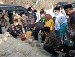 Kunker ke Desa Wisata Tebing Gupit Sumurangung Bojonegoro, Mendes PDTT Sumbang Rp 1 Miliar