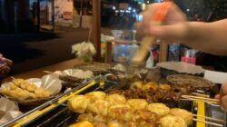 "Menu olahan makanan berupa sundukan di Angkringan ""Time"". (Foto: Dok. Angkringan ""Time""/Tugu Jatim)"
