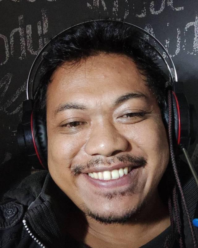 Abdul Basit, tiktokers dan tutor di Kampung Inggris, semasa hidup. (Foto: Dok IG @abdulism_kampunginggris/Tugu Jatim)