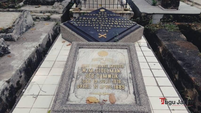 Desain makam khas zaman kolonialisme kependudukan Belanda dan Jepang di Indonesia.(Foto: Rangga Aji/Tugu Jatim)