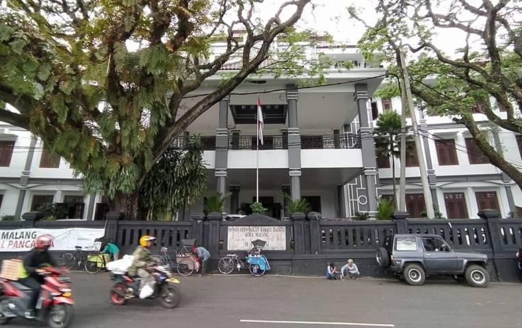 Gedung DPRD Kota Malang yang diusulkan untuk menjadi tempat karantina atau safe house bagi pasien Covid-19. (Foto:Azmy/Tugu Jatim)