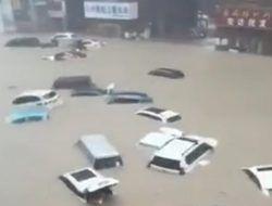 Banjir Besar Hantam China, 33 Orang Tewas dan Puluhan Ribu Lainnya Dievakuasi