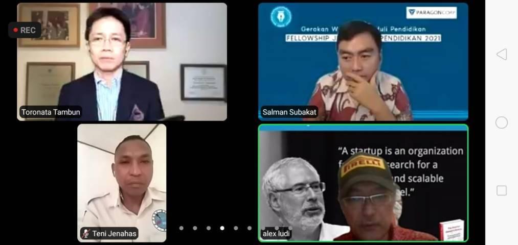 CEO PT Paragon Salman Subakat dan peserta Fellowship Jurnalisme Pendidikan Batch 2 pada Selasa (27/07/2021). (Foto: Rizal Adhi Pratama/Tugu Jatim)