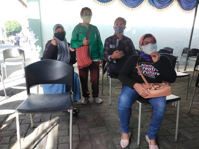 Difabel Tuli dan daksa saat proses observasi. (Foto: Dwi Lindawati/Tugu Jatim)