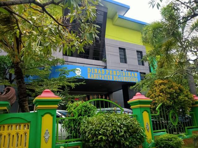 Kantor Dinas Pendidikan (Disdik) Kabupaten Bojonegoro. (Foto: Mila Arinda/Tugu Jatim)