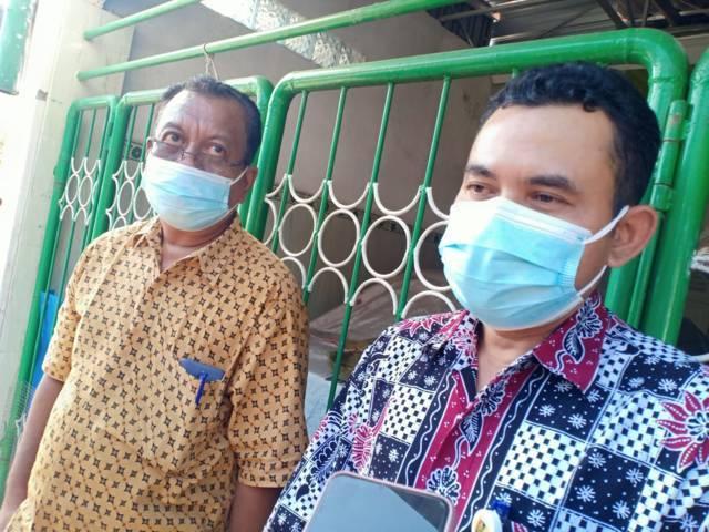 Kepala Dinsos dan P3A Kabupaten Tuban Eko Julianto usai kunjungan kerja Menteri Sosial Tri Rismaharini di Kelurahan Sendangharjo, Kecamatan Tuban, Sabtu (24/07/2021). (Foto: Rochim/Tugu Jatim)