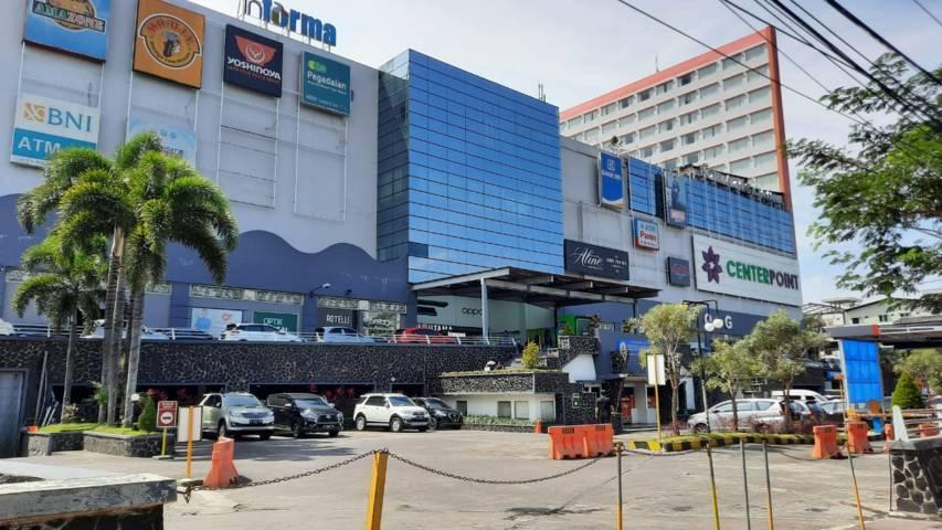 Salah satu pusat perbelanjaan di Kota Malang. (Foto: M Ulul Azmy/Tugu Malang/Tugu Jatim)