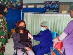 Lanal Malang Vaksinasi 1.121 Keluarga Besar TNI dan Warga Malang Raya