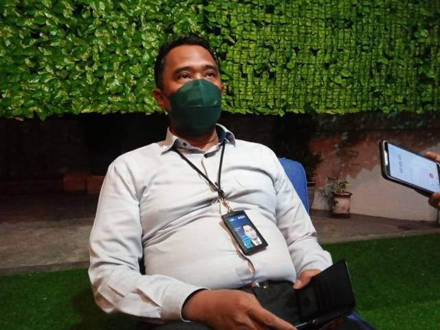 Kepala Cabang BNI Tuban Eri Prihartono saat ditemui di kantornya, Jalan Basuki Rahmat, Tuban. (Foto: Rochim/Tugu Jatim)