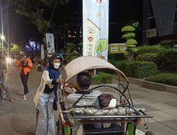 """BEM Untag Surabaya Bantu Pedagang Terdampak PPKM Darurat melalui Program """"Dari Untag untuk Rakyat"""""""