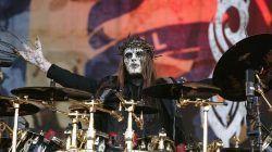 Joey Jordison ketika tampil bersama Slipknot pada 2009/ tugu jatim