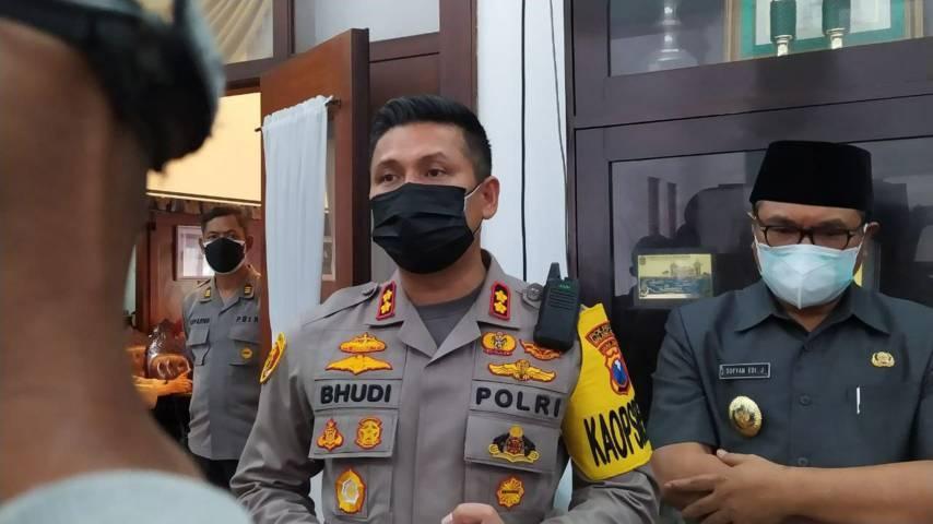 Wakil Wali Kota Malang Sofyan Edi Jarwoko bersama Kapolresta Malang Kota AKBP Budi Hermanto. (Foto:Azmy/Tugu Jatim)