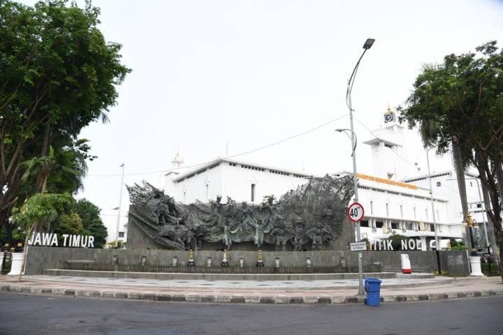 Tugu atau Tengara Titik Nol Kota Surabaya di Jalan Pahlawan 110 Alun-Alun Contong Bubutan Kota Surabaya. (Foto: Humas Pemkot Surabaya/Tugu Jatim)