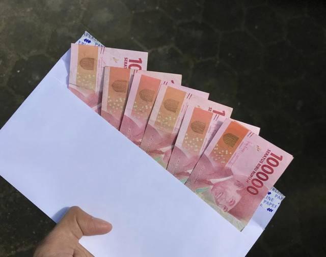 Ilustrasi uang tunai sebagai BLT DD di Bojonegoro. (Foto: Pexels) tugu jatim