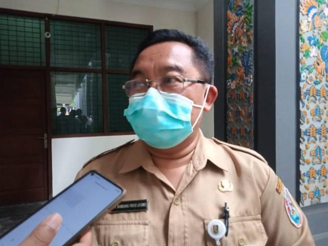 Kepala Dinas Kesehatan Kabupaten Tuban, Bambang Priyo Utomo saat ditemui awak media, Senin (28/6/2021) lalu di Kantor Pemkab Tuban (Foto: Mochamad Abdurrochim/Tugu Jatim) covid-19