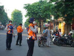 PPKM Darurat, Satgas Covid 19 Bojonegoro Tertibkan Kegiatan Olahraga di Alun-alun