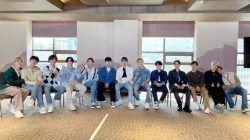 Para personel boy group asal Korea Selatan, SEVENTEEN. (Foto: Twitter/@pledis_17) tugu jatim