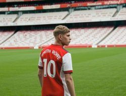 Emile Smith Rowe, Pemilik Baru Nomor Punggung 10 Arsenal yang Dulu Milik Mesut Ozil