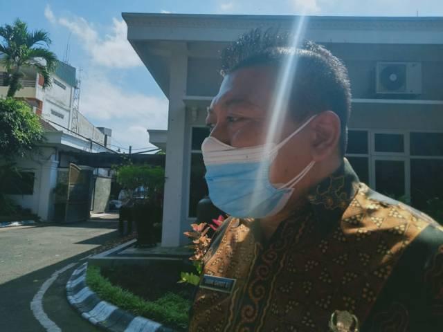 Wakil Bupati Malang, Didik Gatot Subroto menyatakan bahwa sebanyak 70 persen pasien Covid-19 yang dirawat di RS penanganan Covid-19 merupakan warga luar Kabupaten Malang. (Foto: Rizal Adhi/Tugu Malang/Tugu Jatim)