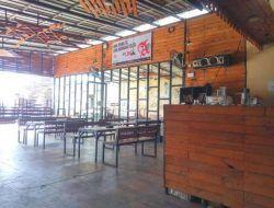 Pedagang Warkop di Surabaya Mengaku Sedikit Lega Terkait Aturan Baru PPKM Level 4