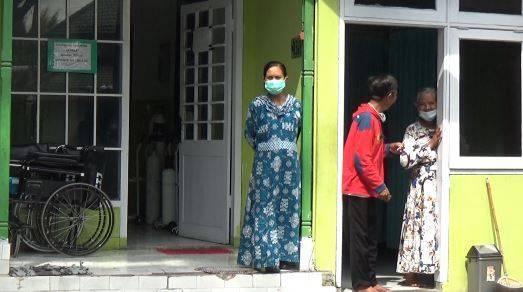 Rumah Teduh 21 Kota Malang ini sebagai tempat isolasi gratis bagi pasien Covid-19, Jumat (13/08/2021). (Foto: Rizal Adhi Pratama/Tugu Jatim)