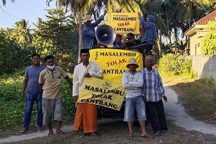 Nelayan Masalembu menggunakan pick up memberikan informasi tentang pelarangan cantrang dalam Permen KP No. 18 Tahun 2021/tugu jatim