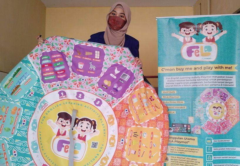 Karya FELA Playmat tim PKM mahasiswa UM Malang/tugu jatim