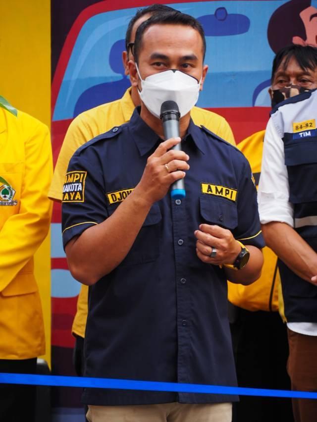 Ketua AMPI Malang Kota Richdjoe saat meresmikan Drive Thru Swab Gotong Royong AMPI Makota, Selasa (17/08/2021). (Foto: Dokumen/Tugu Jatim)